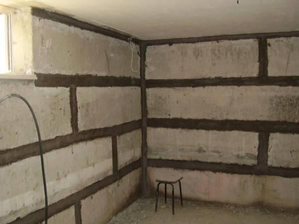 Как отделать цокольный этаж: наружные и внутренние работы